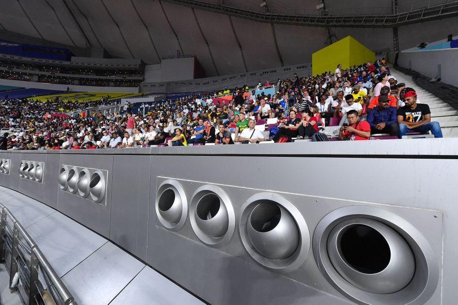 Le système de climatisation à l'intérieur du stade Khalifa. Les épreuves extérieures ne sont pas épargnées par la chaleur.