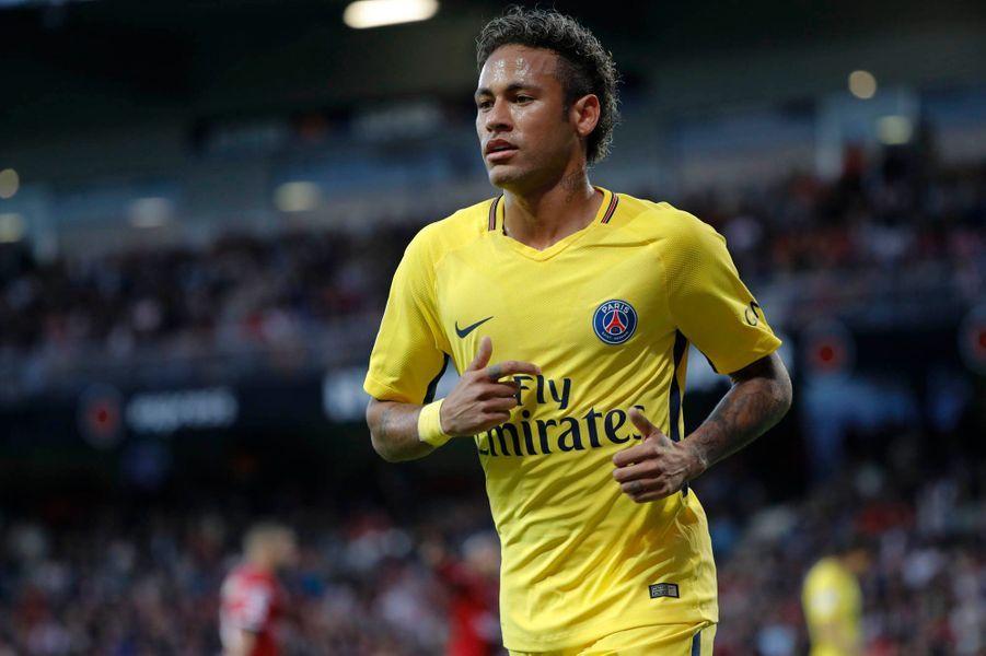 Première foulée en Ligue 1 pour Neymar.
