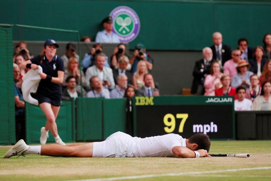 Novak Djokovic vainqueur au bout du suspense