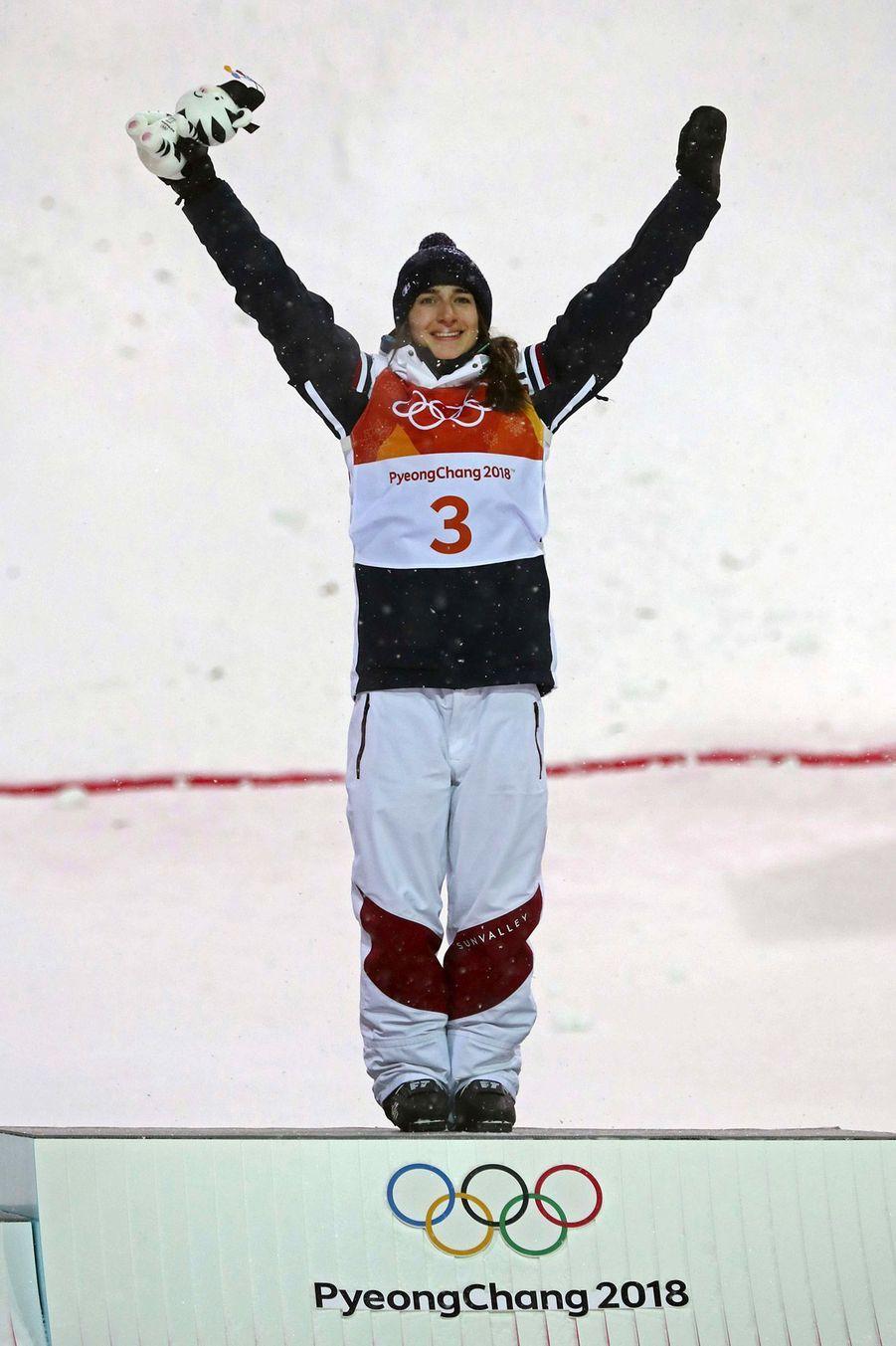 Perrine Laffont est devenue championne olympique de ski acrobatique sur l'épreuve des bosses.