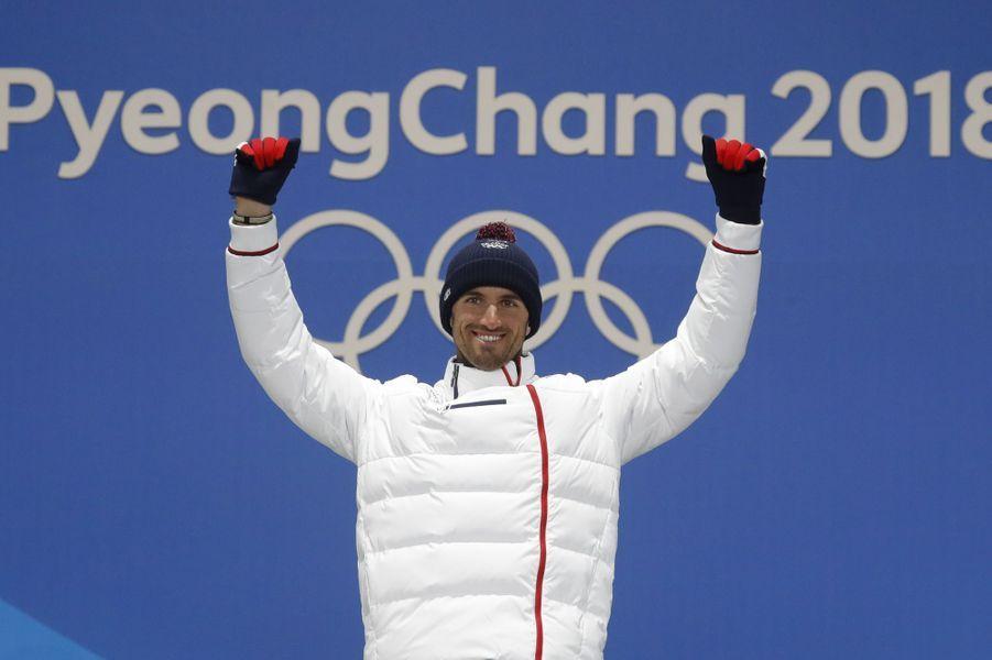 Pierre Vaultier sur la plus haute marche du podium.