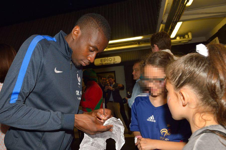 Blaise Matuidi rencontre ses jeunes fans