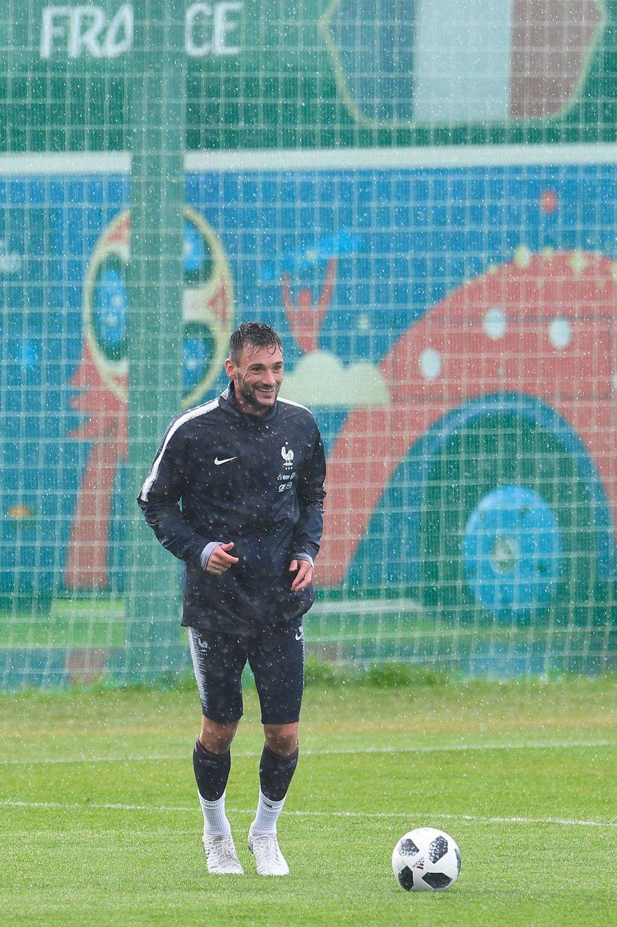 Hugo Lloris à l'entraînement en Russie pour le Mondial.