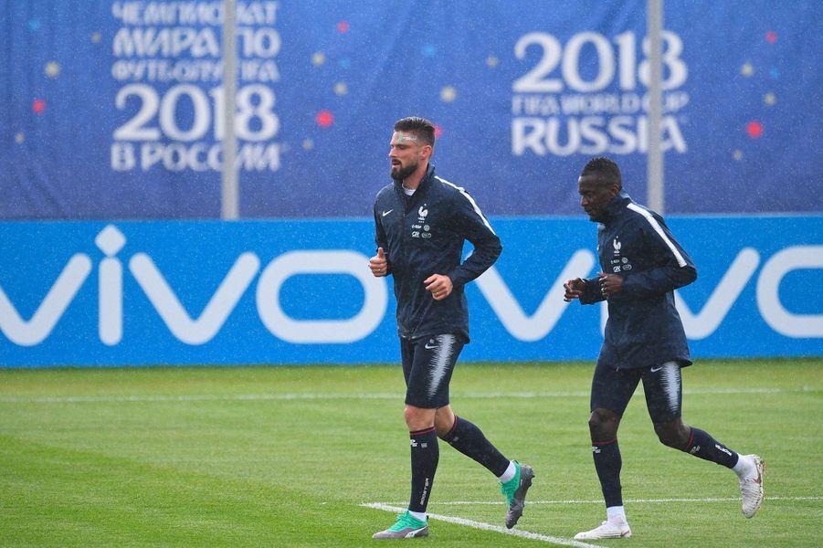Les Bleus à l'entraînement en Russie pour le Mondial.