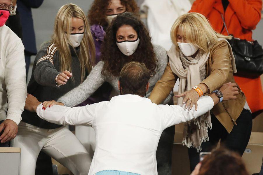 Rafael Nadal s'est précipité dans les bras de son clan.