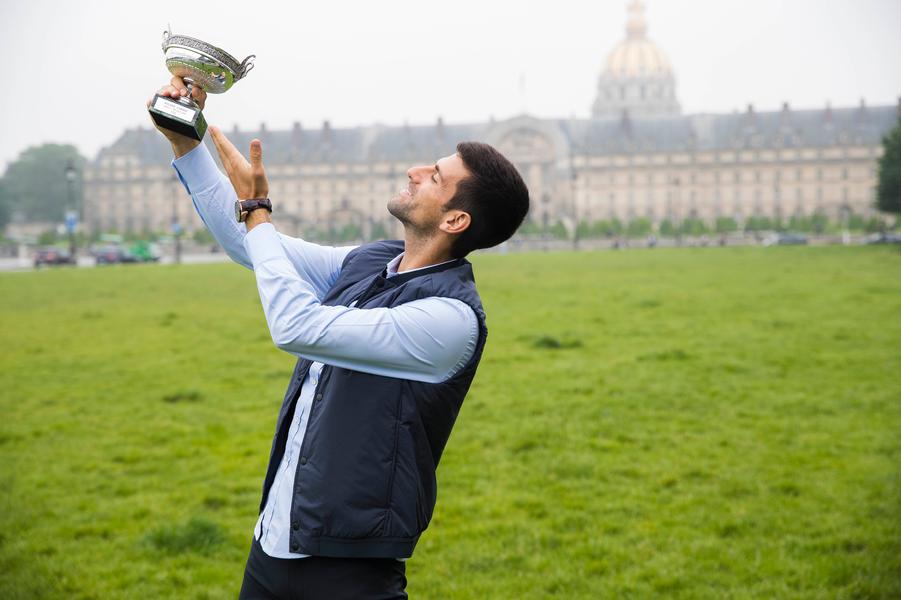 Novak Djokovic et son trophée