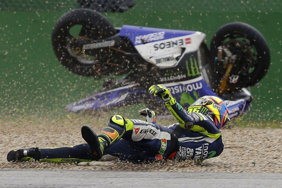 L'Italien Valentino Rossi a chuté lors d'une séance d'essai au Grand Prix de Saint-Marin. Ce qui ne l'a pas empêché de remporter la compétition dimanche.