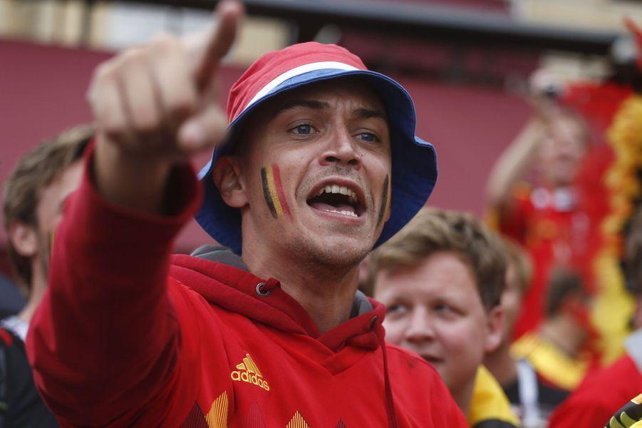 Les supporters belges mettent l'ambiance avant le match.