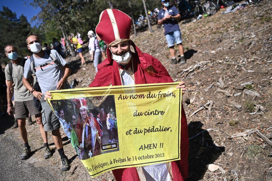 Encouragement sur les routes entreLe Teil et Mont Aigoual, le 3 septembre.