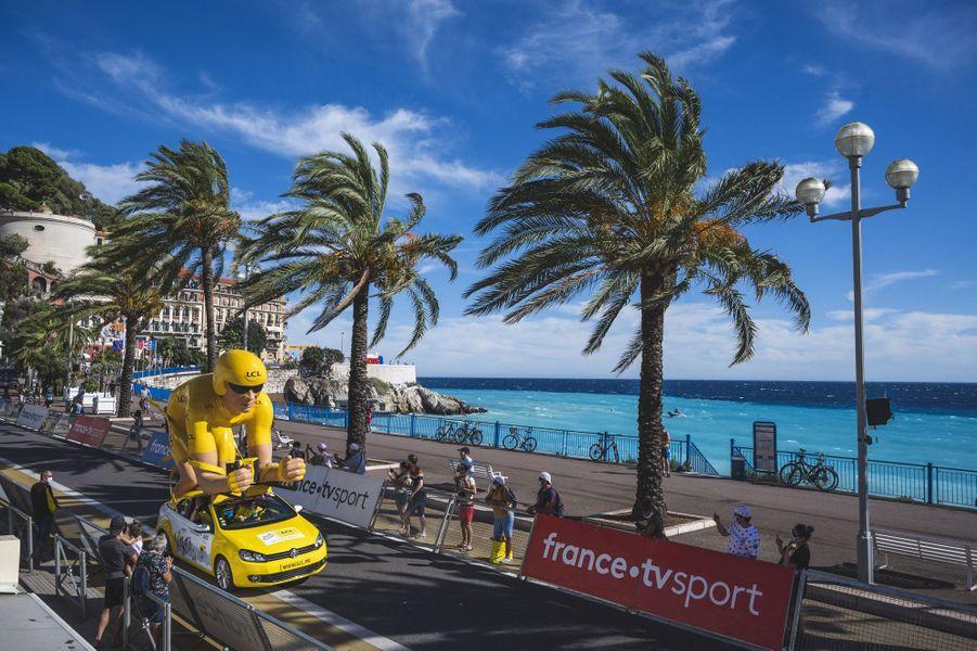 La caravane du Tour à Nice.