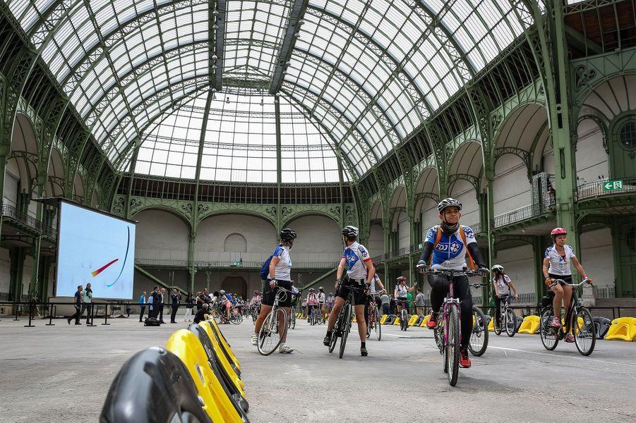 C'est avant l'arrivée du Tour que les femmes ont pris le départ de la course.