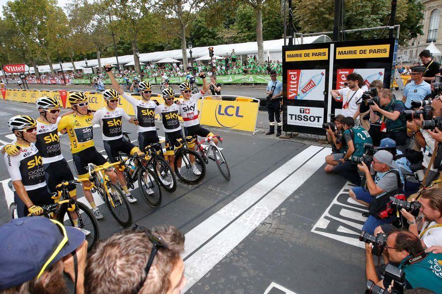 L'équipe Sky règne sans partage sur le Tour de France.