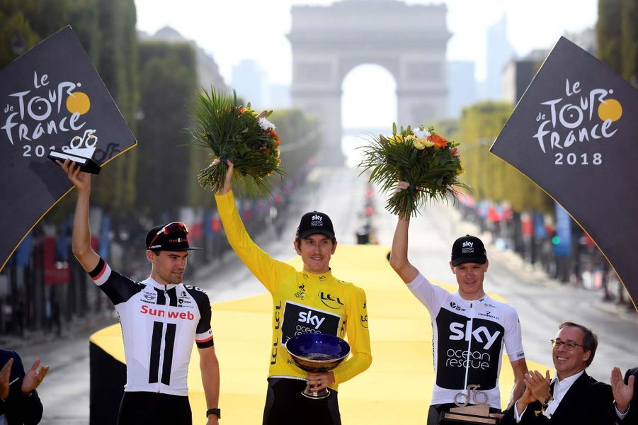 Le podium du tour de France 2018 : 1. Thomas, 2. Dumoulin, 3. Froome.
