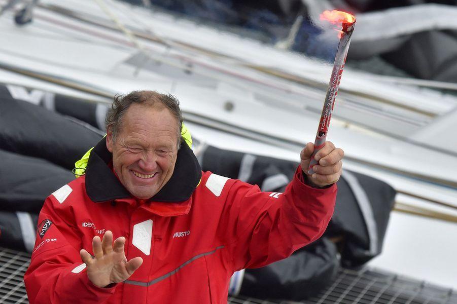 Francis Joyon et ses 5 membres d'équipage sont partis le 16 décembre