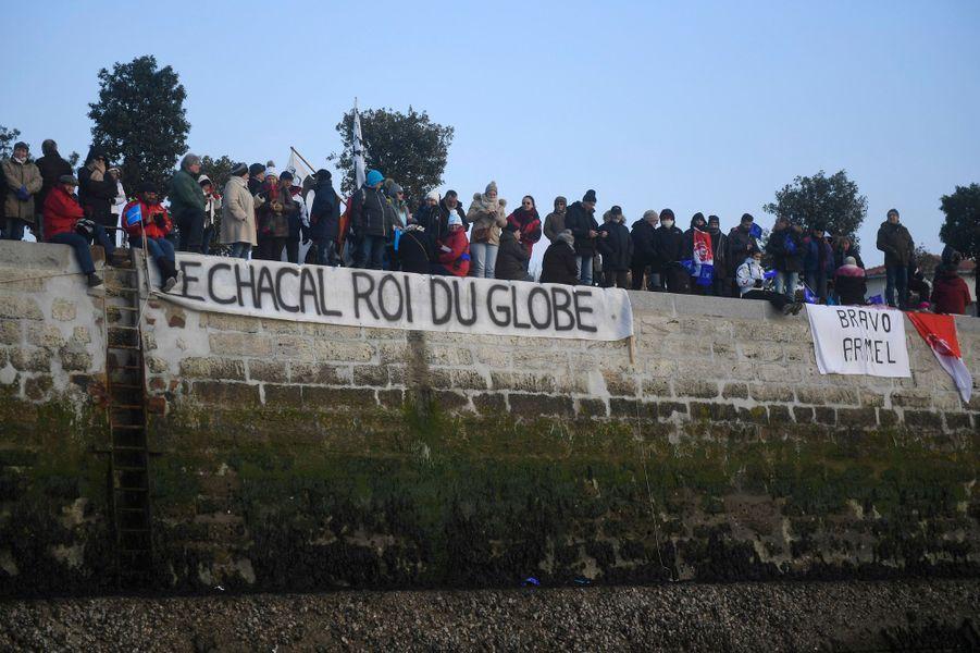Armel Le Cléac'h sur son monocoque Banque Populaire VII à l'arrivée des Sables d'Olonne.