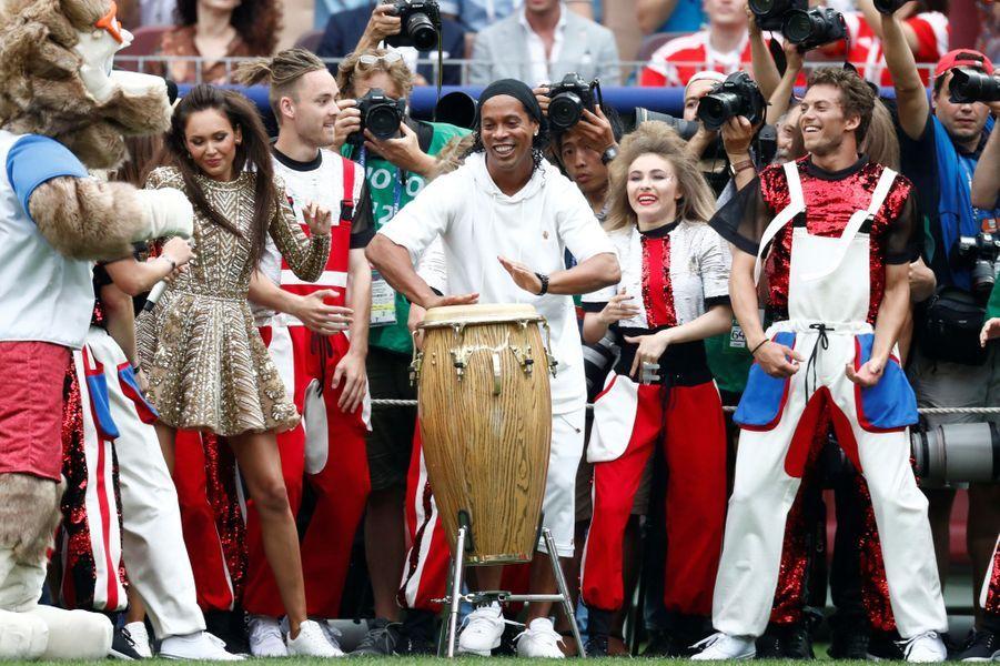 Will Smith, Ronaldinho : une cérémonie de clôture improbable avant France-Croatie