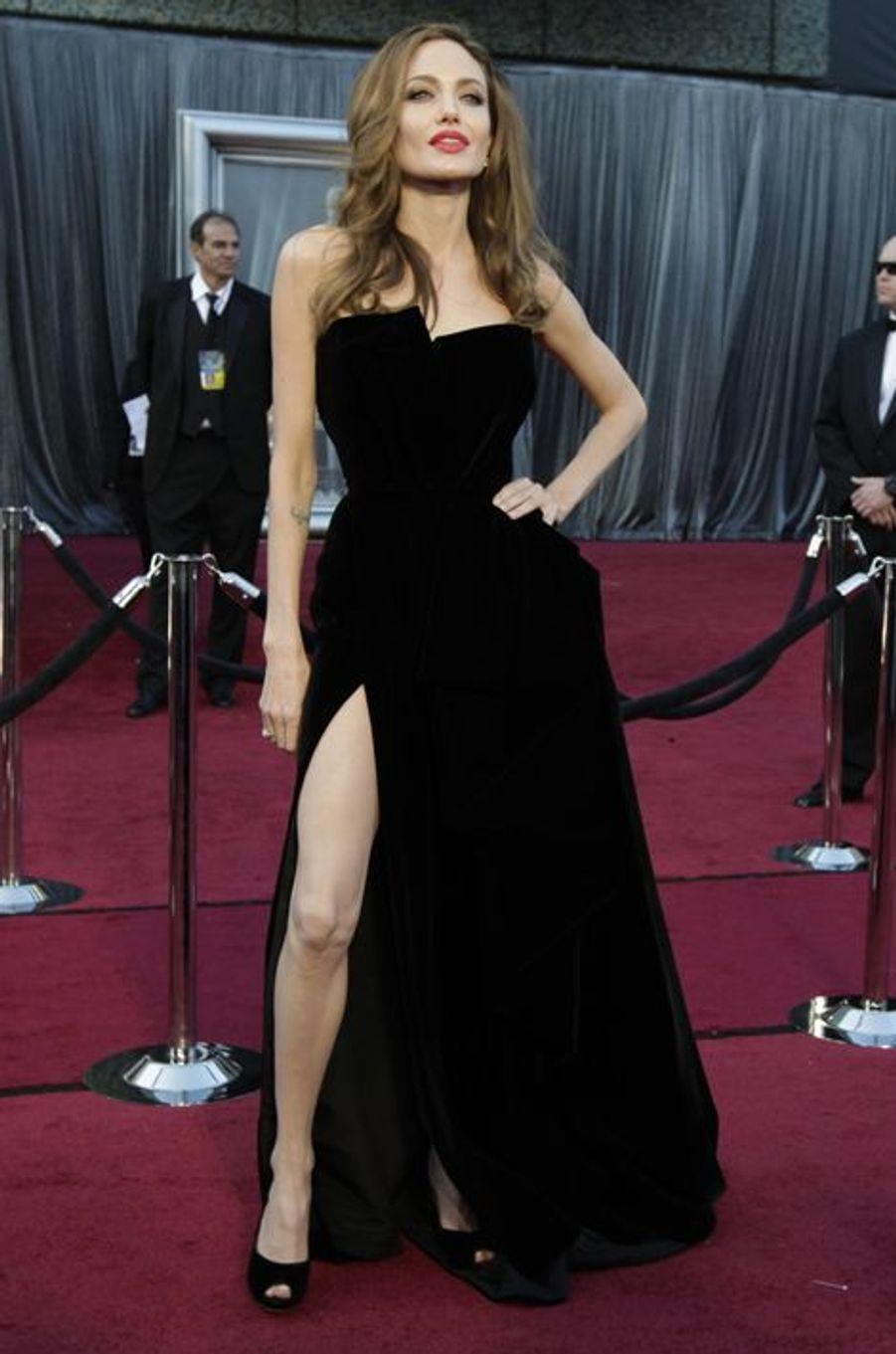 Angelina Jolie aux Oscars en 2012
