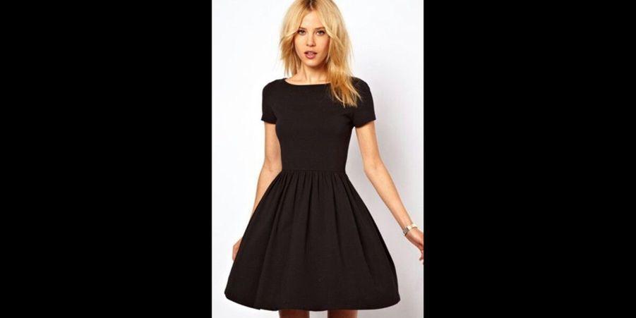 Une robe patineuse très chic. (voir l'épingle)Suivez nous sur Pinterest!