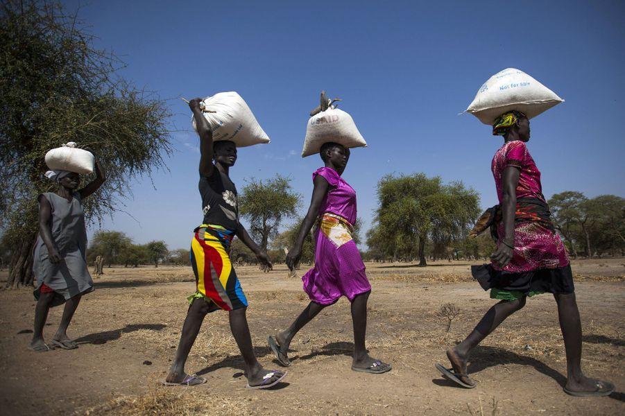 Distribution de nourriture à Ngop au Sud Soudan le 10 mars 2017