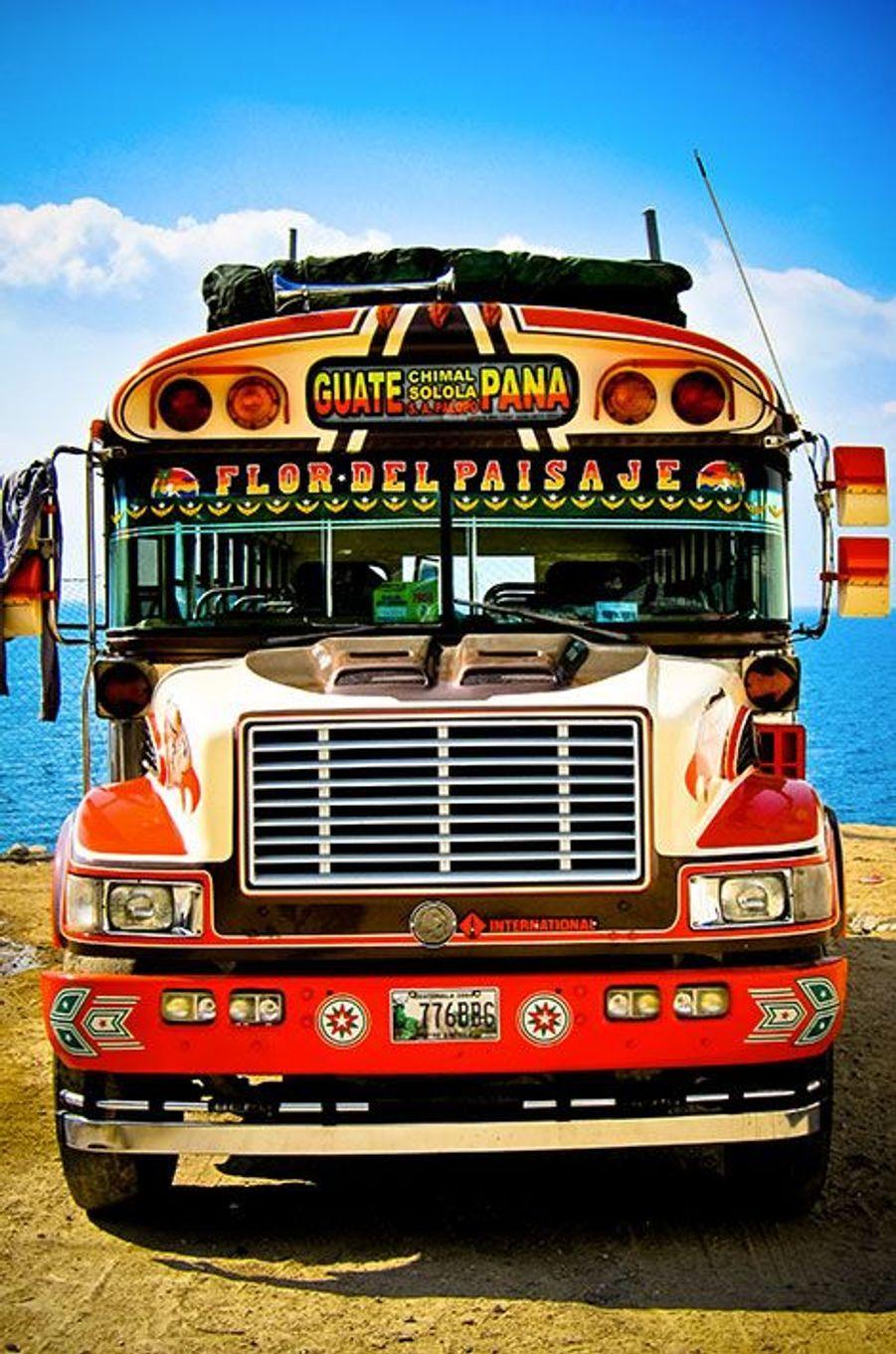 Bus à Panajachel