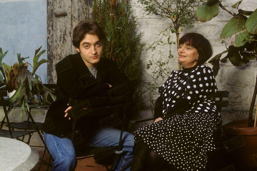 Agnès Varda avec Mathieu, une grande complicité qui lui permet de rester en contact avec les jeunes générations.