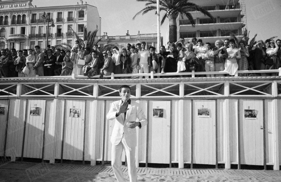 Alain Delon au Festival de Cannes, en mai 1961.