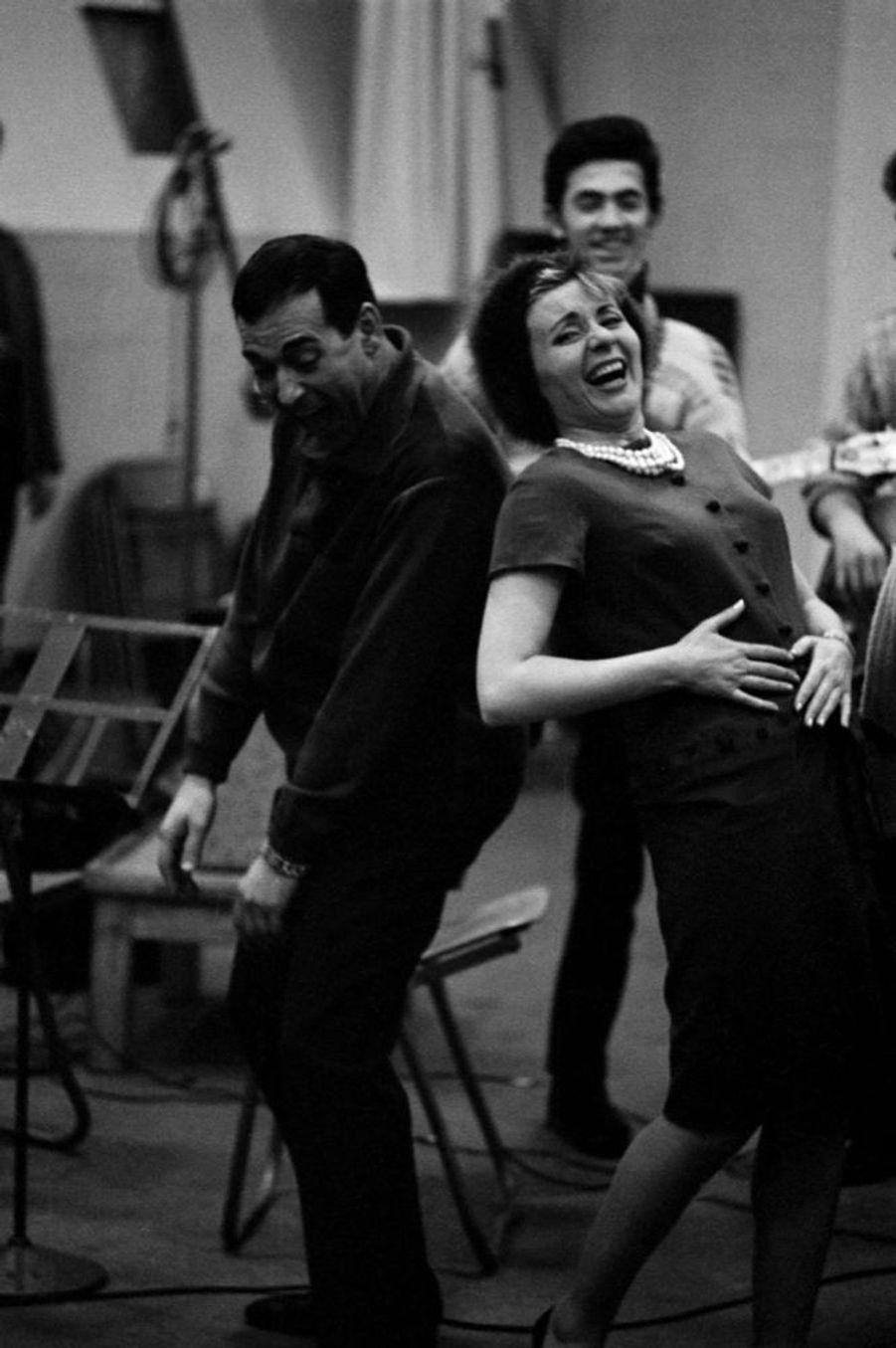 Annie Cordy en compagnie de Luis Mariano, en novembre 1961.