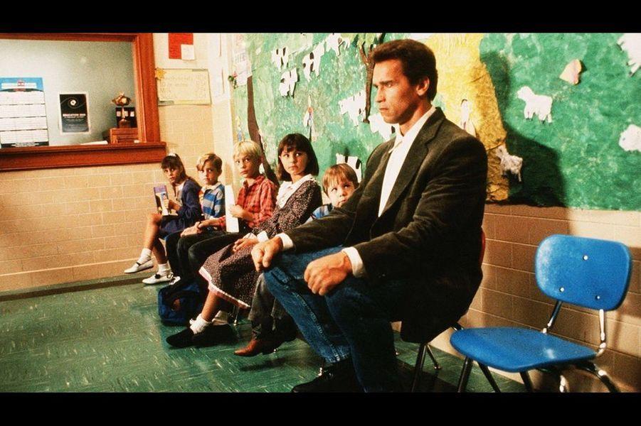 Un flic à la maternelle (1990)