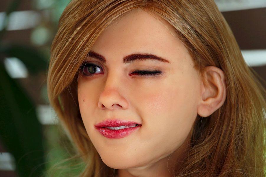 Le robot ressemblant à Scarlett Johansson fabriqué par Ricky Ma