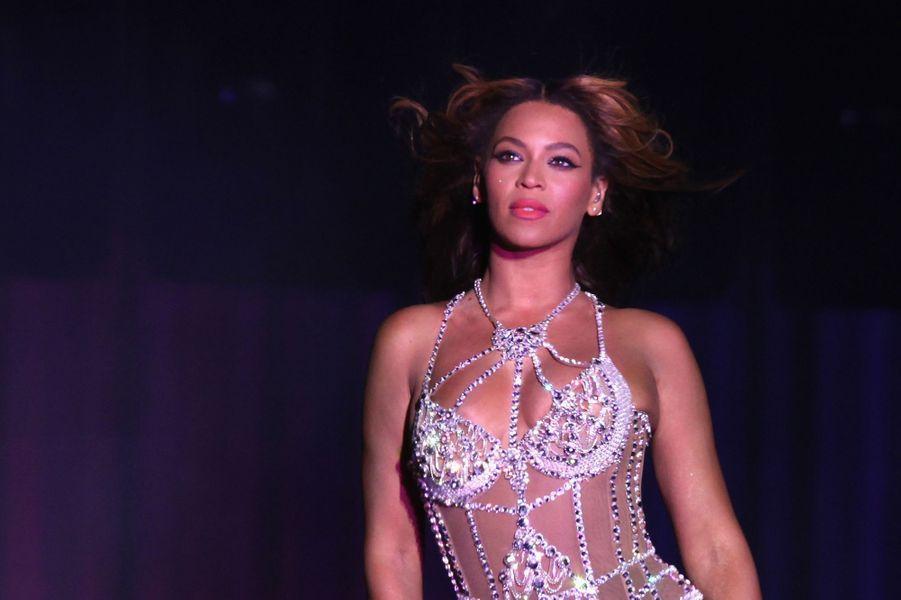 Beyoncé sur la scène du Stade de France