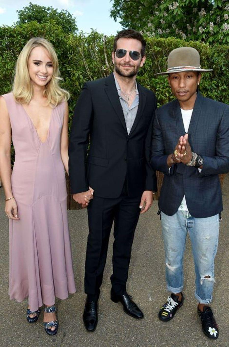 Suki Waterhouse, Bradley Cooper et Pharrell Williams