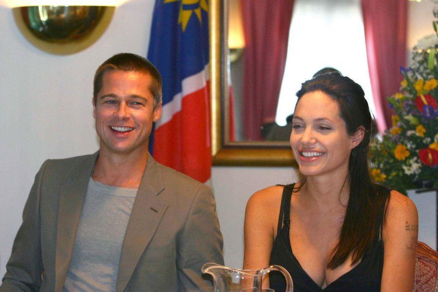 Le 7 juin 2006, lors d'une conférence de presse confirmant la naissance de Shiloh, le 27 mai en Namibie