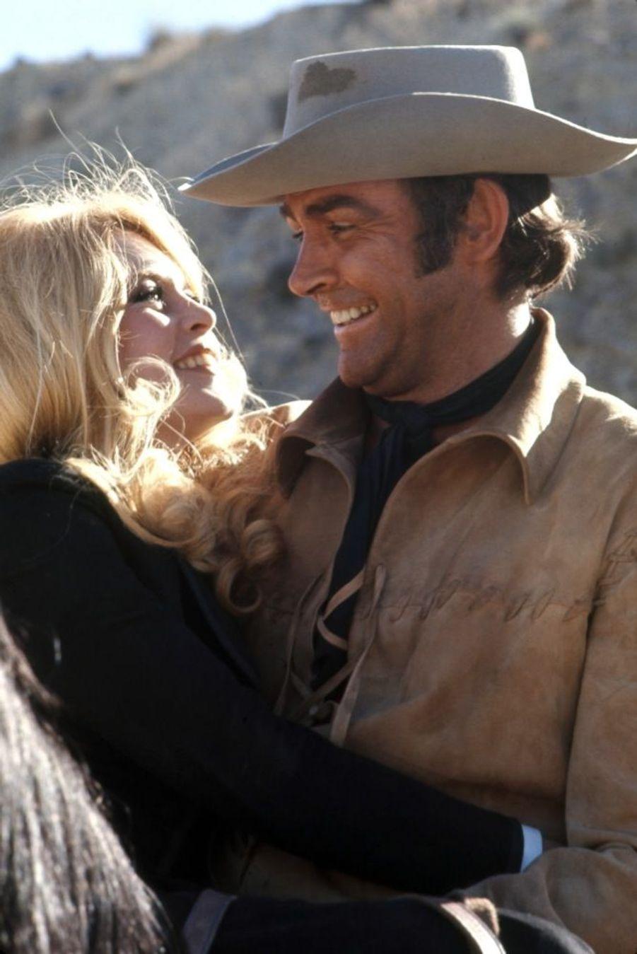 « Le cow-boy Sean Connery sauvera des Indiens B.B., riche comtesse slave attirée par l'aventure de l'Ouest...» - Paris Match n°981, 27 janvier 1968