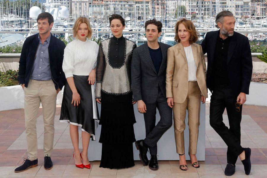 """L'équipe du film """"Juste la fin du monde"""" à Cannes, 2016"""