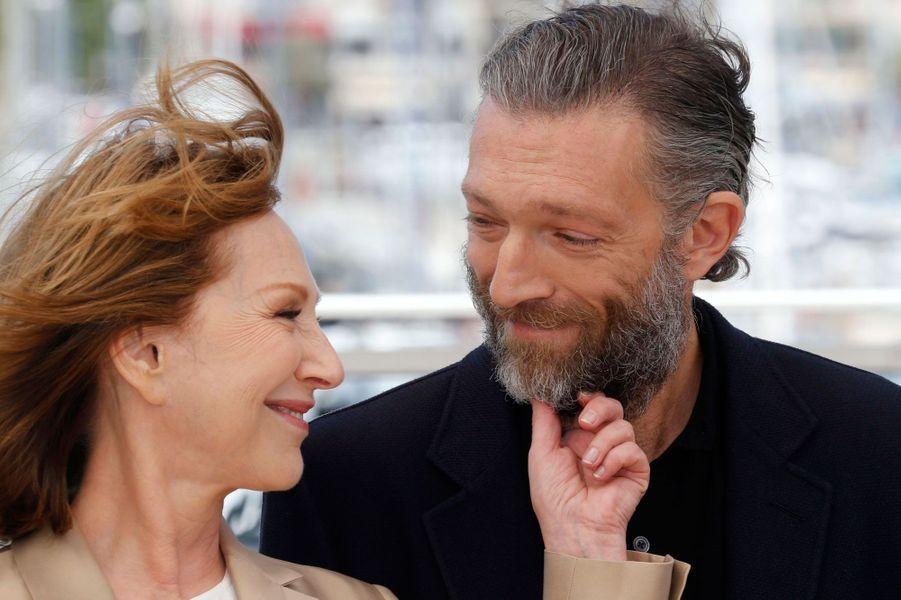"Nathalie Baye et Vincent Cassel au photocall du film ""Juste la fin du monde"", Cannes 2016"