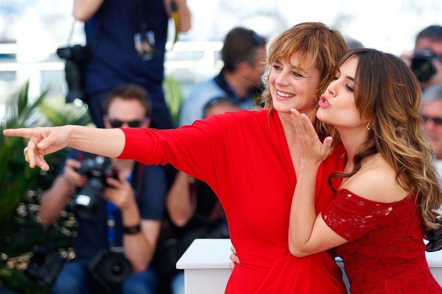 Emma Suarez et Adriana Ugarte sur le tapis rouge