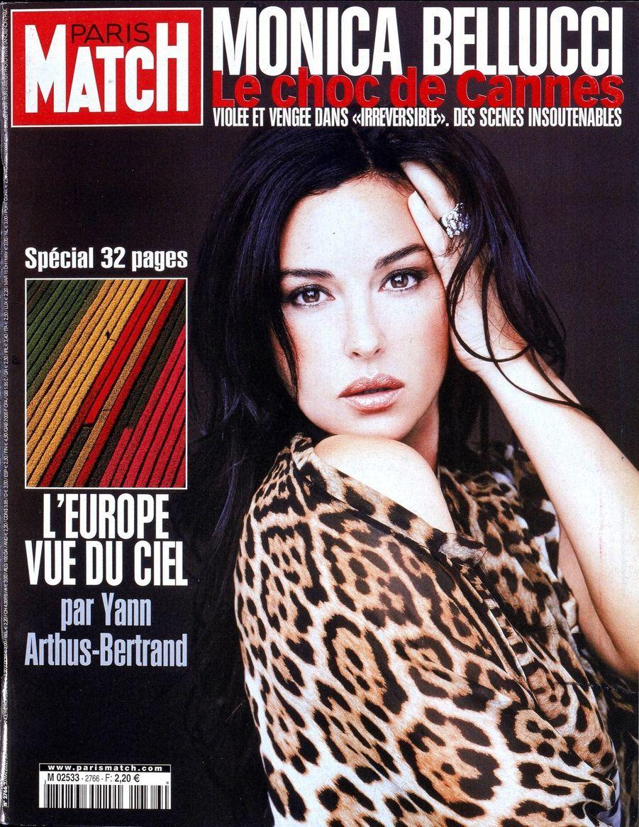"""""""Monica Bellucci, violée et vengée dans 'Irréversible' des scènes insoutenables"""" - Paris Match n°2766, daté du 30 mai 2002"""""""