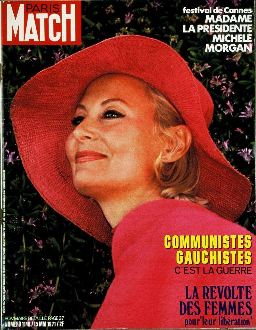 """""""Festival de Cannes : Madame la présidente Michèle Morgan"""" - Paris Match n°1149, daté du 15 mai 1971"""