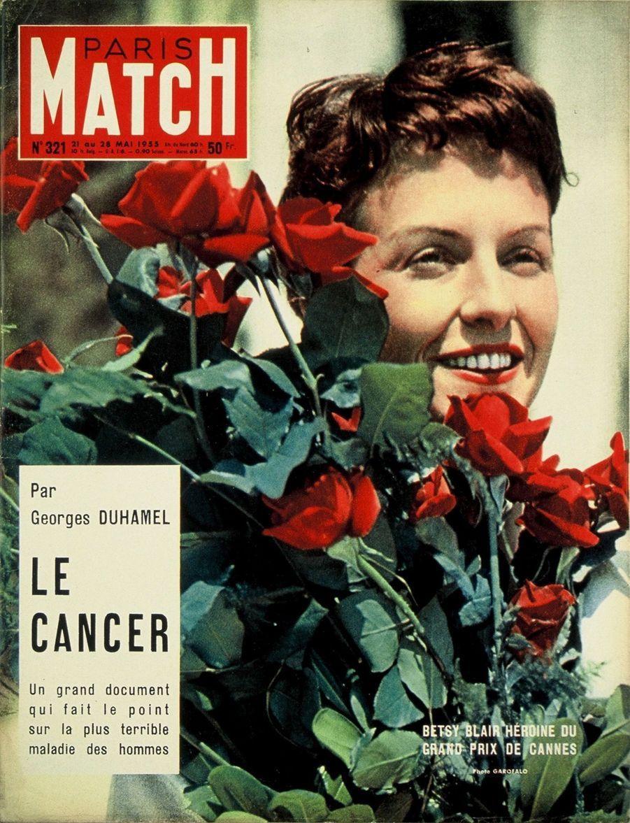 """""""Betsy Blair, héroïne du Grand Prix de Cannes"""" - Paris Match n°321, daté du 21 mai 1955"""
