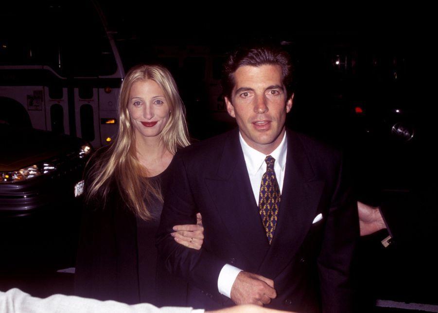Carolyn Bessette Kennedy et John John, en novembre1997.