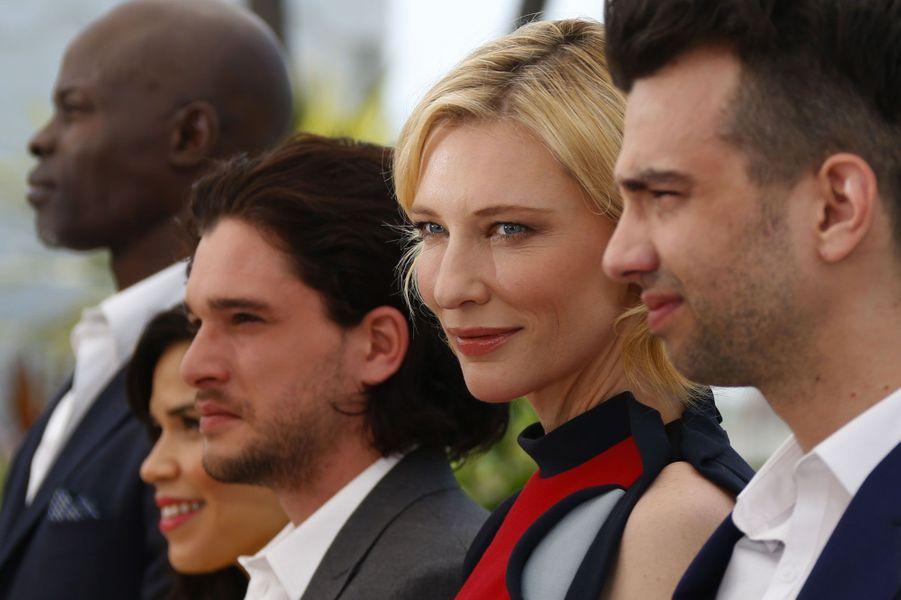 Cate Blanchett sous le soleil de la Croisette