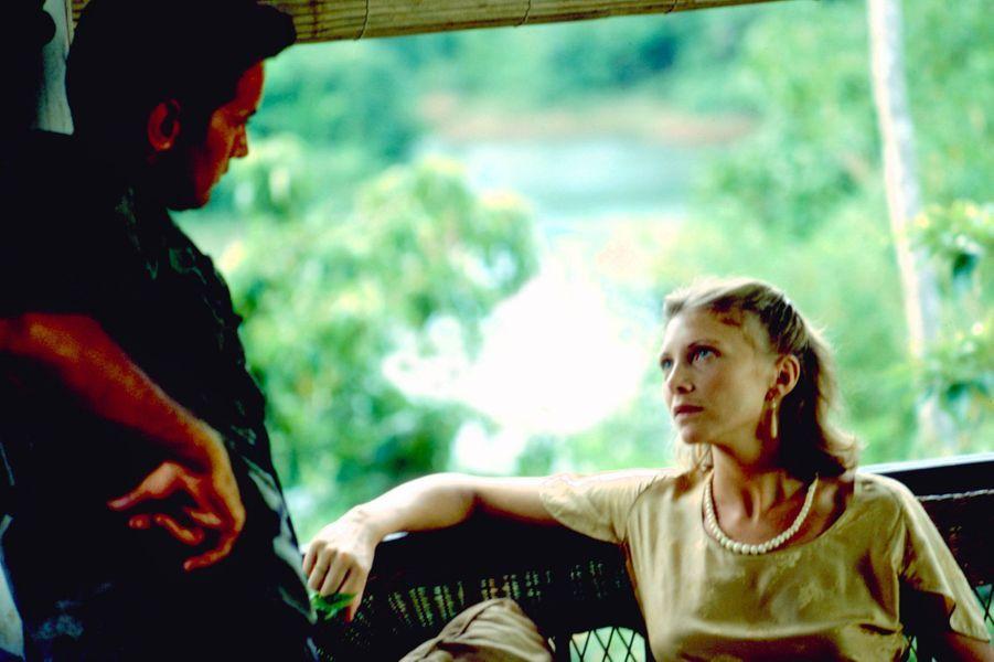 "Aurore Clément - ""Apocalypse Now"" (2001)"