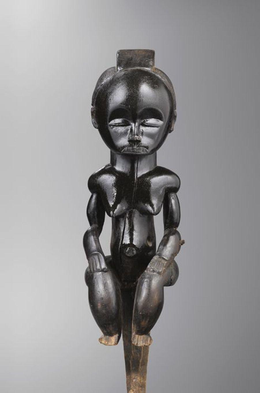 Figure de reliquaire eyema byeri - Fang (Gabon - Guinée Equatoriale)