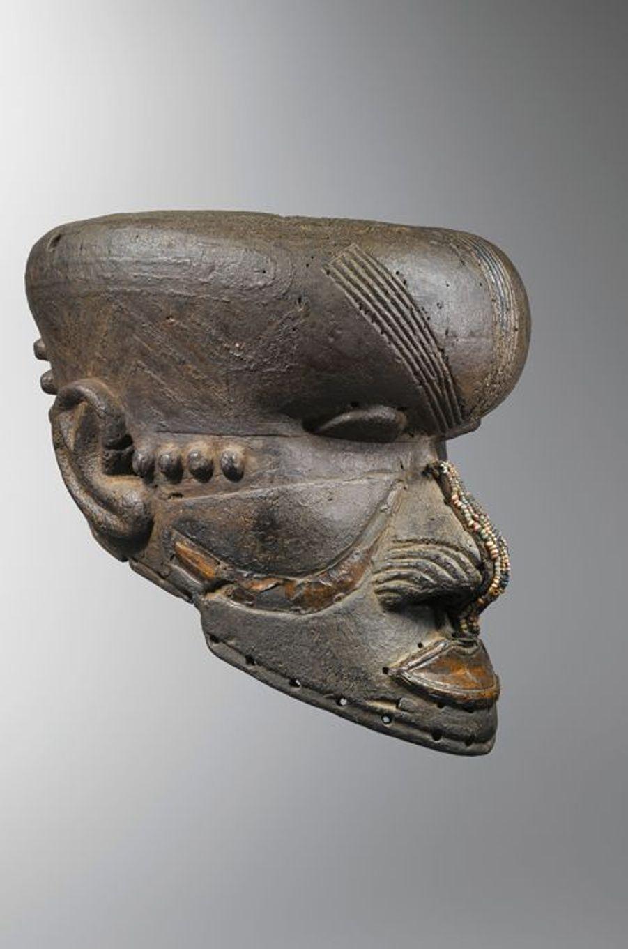 Masque-heaume bwoom - kuba (République Démocratique du Congo)
