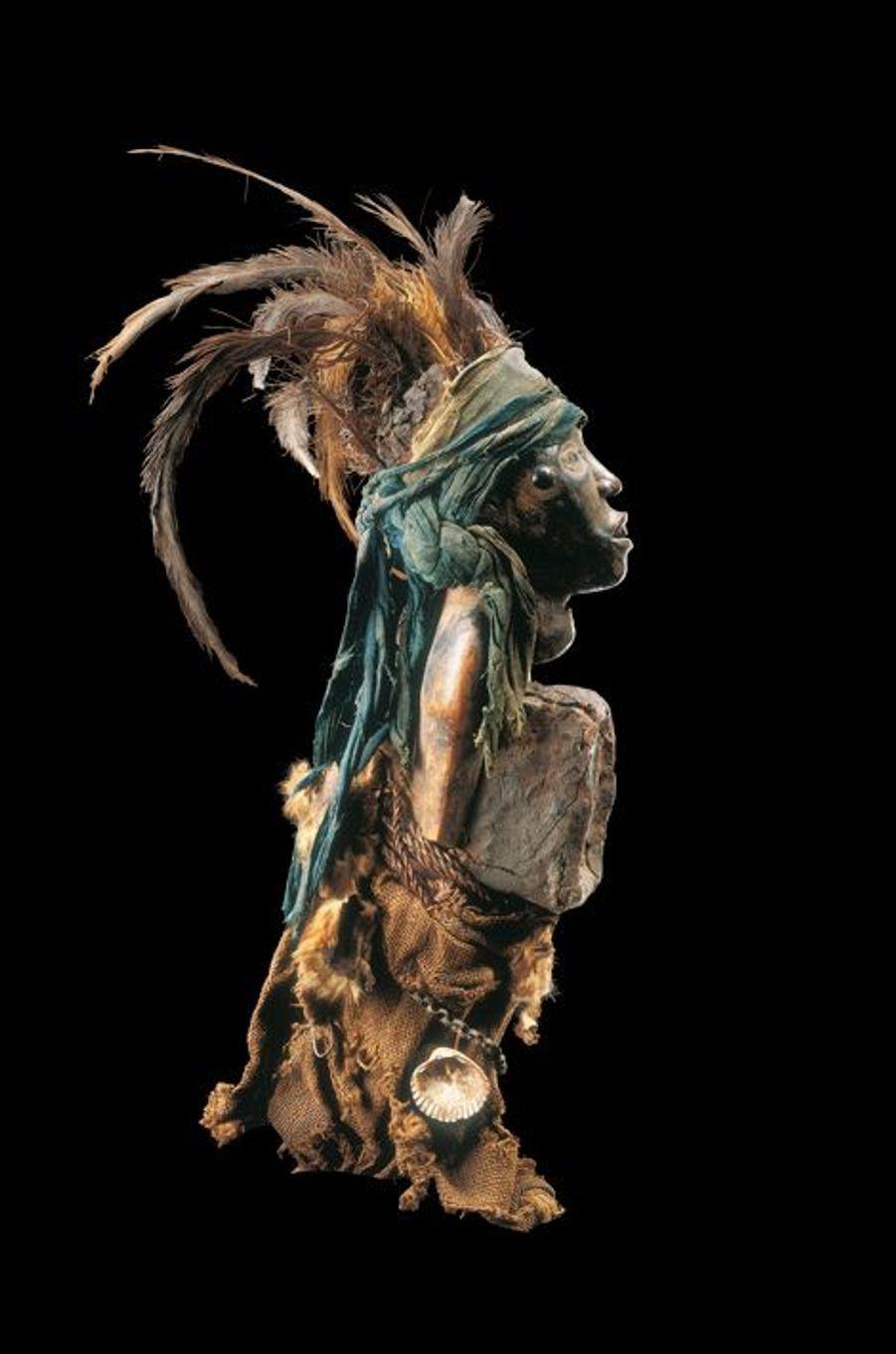Statuette nkisi - Kongo (République Démocratique du Congo)