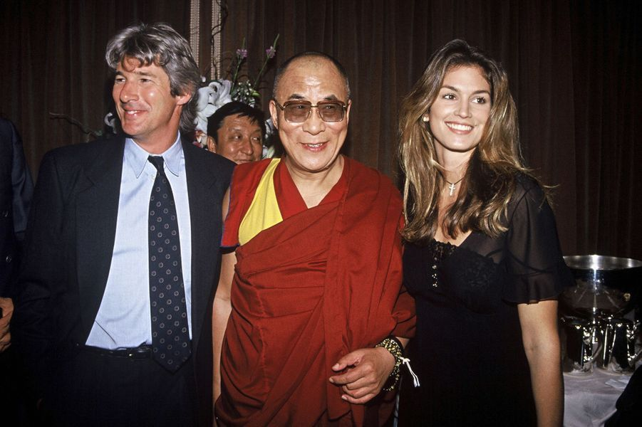Cindy Crawford et Richard Gere au gala de bienfaisance au Regent Hotel, organisé au bénéfice du leader tibetain en septembre 1993