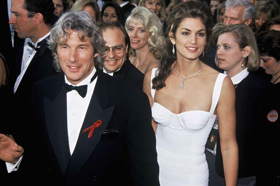 Richard Gere et Cindy Crawford lors de la ceremonie des Oscars à Los Angeles, le 29 mars 1993