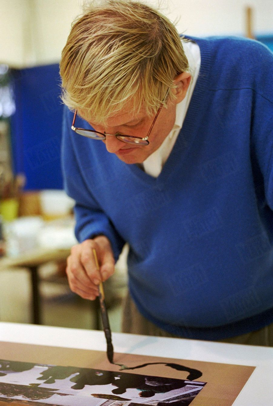 David Hockney dans son atelier, en février 1994.