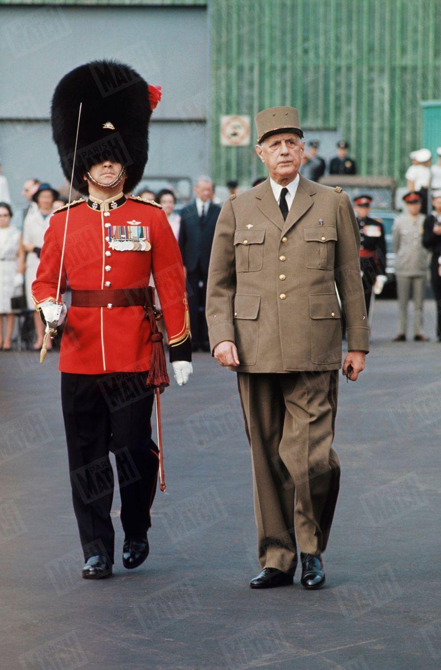Le Général Charles de Gaulle lors de sa visite officielle de l'exposition universelle au Canada. 1967.