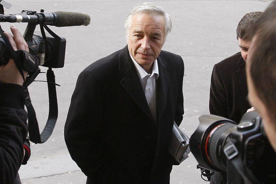 Le maire de Dijon, François Rebsamen, devient ministre du Travail.